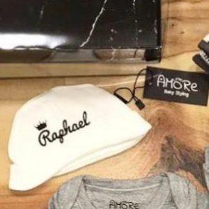 כובעי בד ניובורן – עם השם