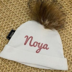 כובעי בד פונפון ניובורן – עם השם